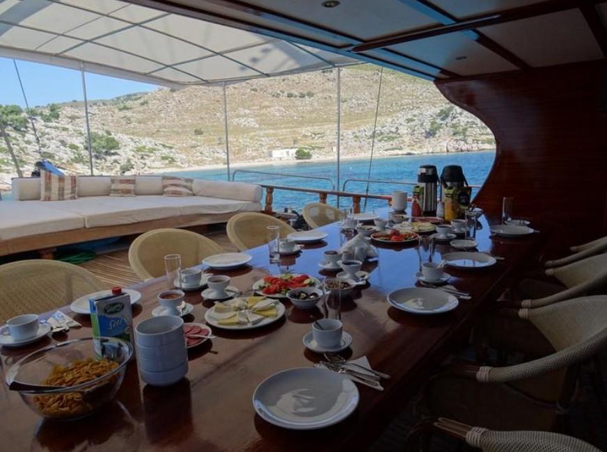 Med-sea-yachts-2